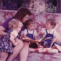 Elizabeth, her mother and her brothers on the original Wilverley Idler swingseat (1973)