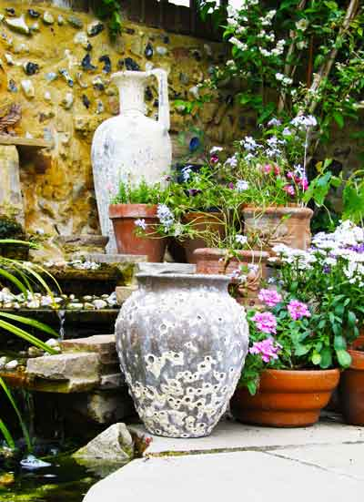 Our Pots from distinctive garden